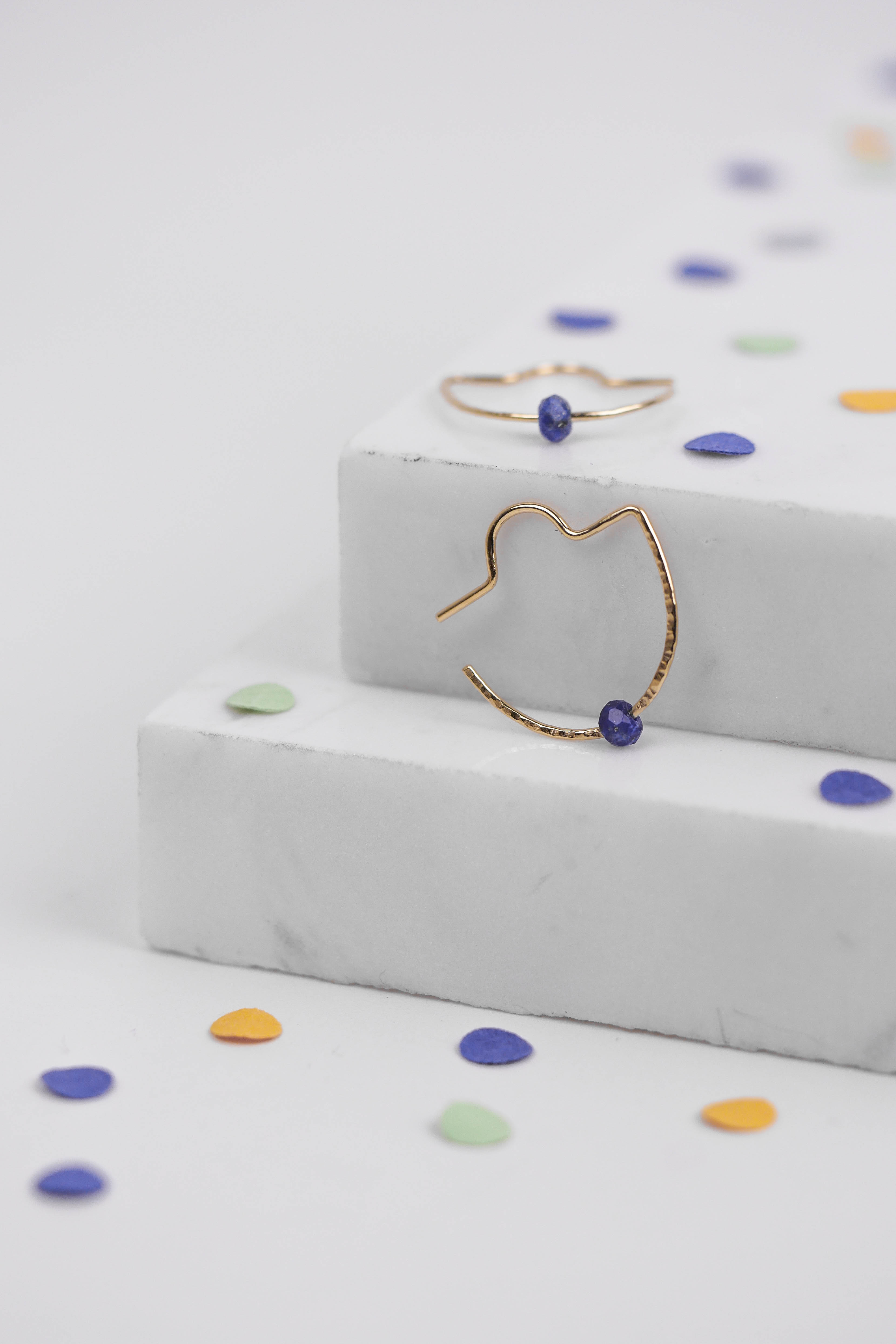 "Earrings ""Fée Clochette"" (18ct gold, lapis lazulis)"